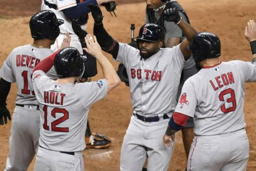 Watch: Jackie Bradley Jr. slams Red Sox past Astros in Game 3