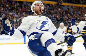 Lightning roar back in third period to down Sabres 5-3