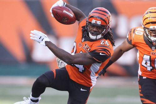 Pacman Jones retires after contentious 12-year NFL career