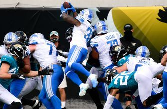 D'Andre Swift's finishes what he started by punching in TD as Lions go up 14-3 on Jaguars