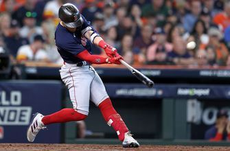 Kiké Hernández stays hot, belts solo homer to extend Red Sox's lead against Astros, 9-0