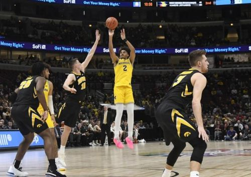 Michigan Wolverines vs. Iowa Hawkeyes - 12/6/19 College Basketball Pick, Odds, and Prediction
