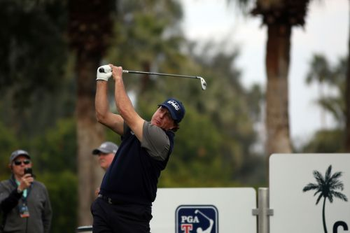 Phil the Thrill: Mickelson ties Desert Classic opening-round record with 60