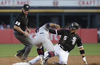 Covey pitches White Sox past Bauer, Indians 3-2