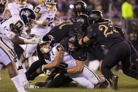 Army-Navy game: Black Knights smother Midshipmen to extend recent dominance