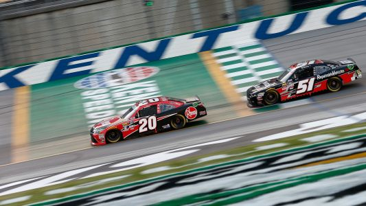NASCAR at Kentucky: Christopher Bell holds off Kyle Busch, Daniel Hemric for 2nd win of season