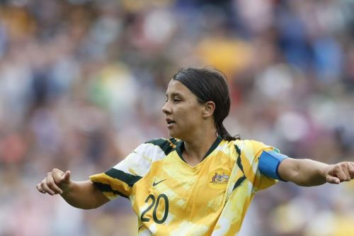 Watch: Australia's Sam Kerr scores two first half headers vs. Jamaica at Women's World Cup