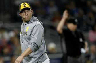 Padres dismiss Andy Green of managerial duties