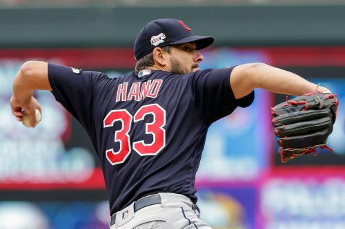 Mets miss out on reliever Brad Hand