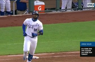 WATCH: Royals go deep three times in fourth inning