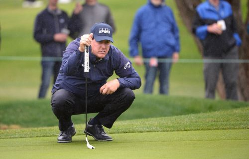 Phil Mickelson makes history, shoots 12-under 60 in first PGA Tour round of 2019