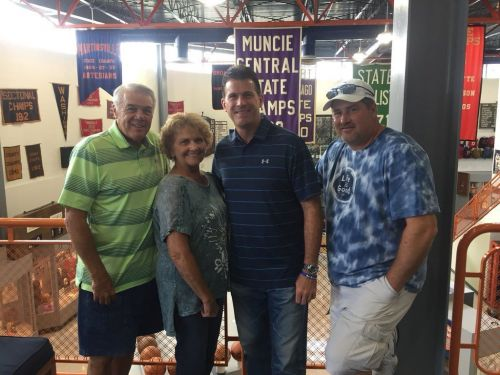 Steve Alford and family visit historic hometown over the weekend