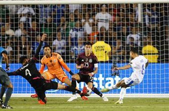 El Salvador proved itself as a contender even in loss to Mexico - Alexi Lalas, Maurice Edu