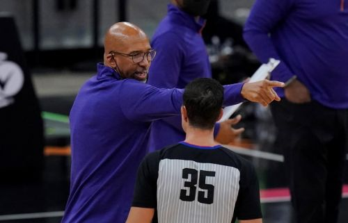 Suns draw defending champ Lakers in return to NBA playoffs