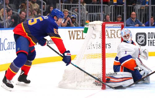 Islanders fall to Blues in OT after blowing lead in final minutes