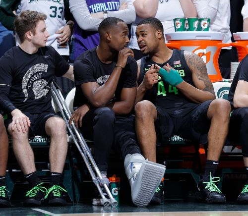No. 10 Michigan State expects to be without Ward for weeks