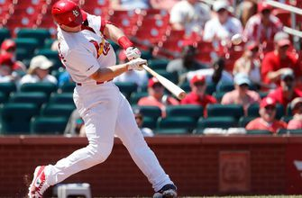 Goldschmidt lifts Cards over Pirates with go-ahead, three-run homer