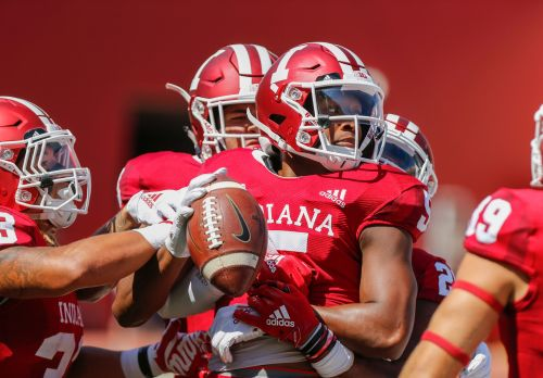 Wisconsin's Taylor to face stiff Iowa defense in B10 opener