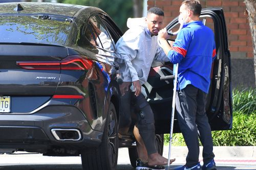 Saquon Barkley spotted on crutches after devastating Giants injury