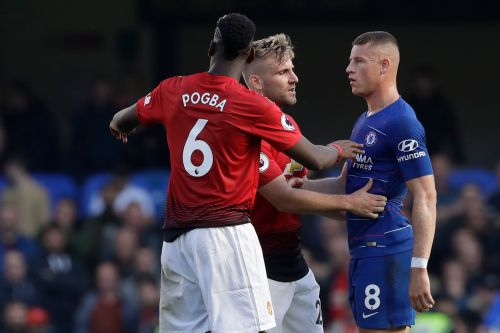 Mourinho melee as United concedes late at Chelsea