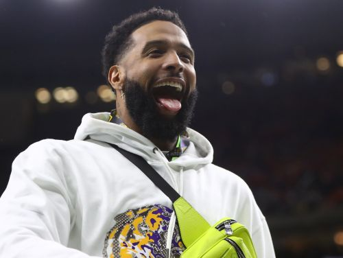 Arrest warrant for simple battery issued against Odell Beckham Jr. after Browns WR appeared to slap buttocks of police officer