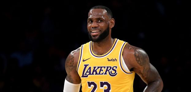 LeBron James' first points as a Laker came on a thunderous dunk