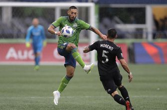 Dempsey scores first goal of season, Sounders tie Fire, 1-1