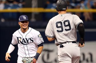 Rays' relievers limit MLB's top team to 5 hits, edge Yankees 2-1