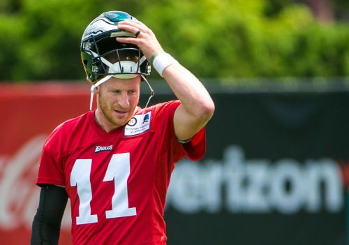 Eagles QB Carson Wentz cleared, will start against Colts