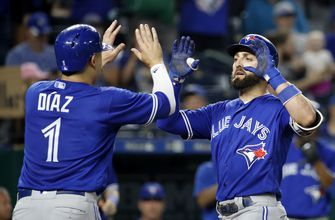 Pillar homers in 8th to lift Blue Jays over Royals 6-5