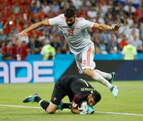 World Cup goalkeeper Rui Patricio joins Wolves