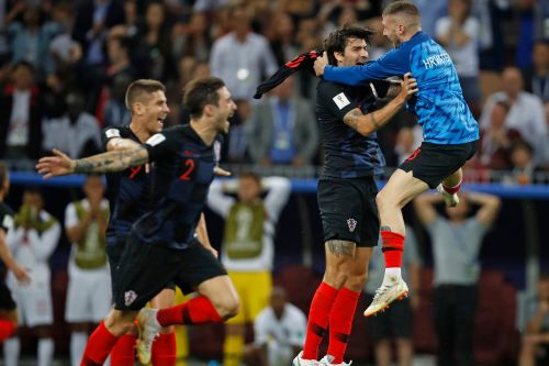 England's plan falls right into Croatia's lap in instant-classic semifinal
