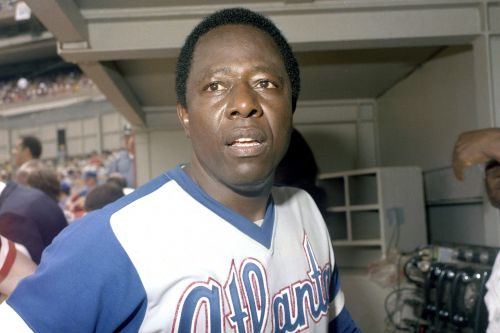Hank Aaron, MLB legend, dead at 86