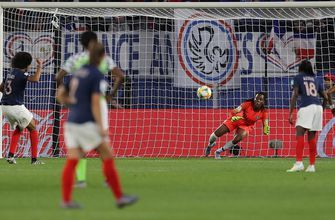 2019 FIFA Women's World Cup™: France's Wendie Renard buries 2nd penalty attempt after GK's yellow card   HIGHLIGHTS