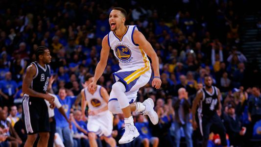 Stephen Curry, Warriors host girls-only basketball camp