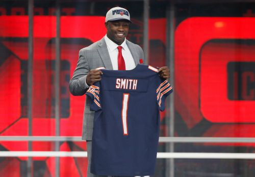 Roquan Smith ends holdout, agrees to rookie contract with Bears, per reports