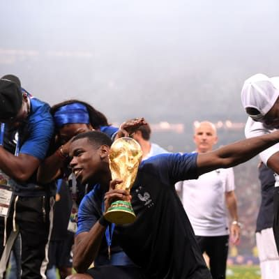 France revel in winning second world title