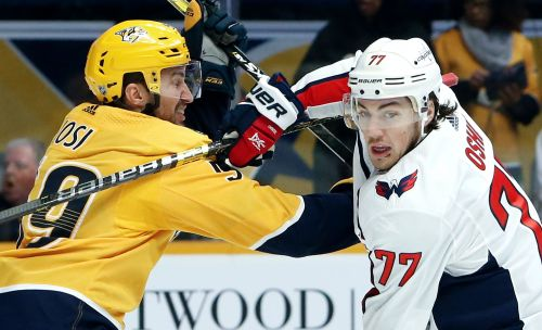Arvidsson nets hat trick as Predators rout Capitals 7-2