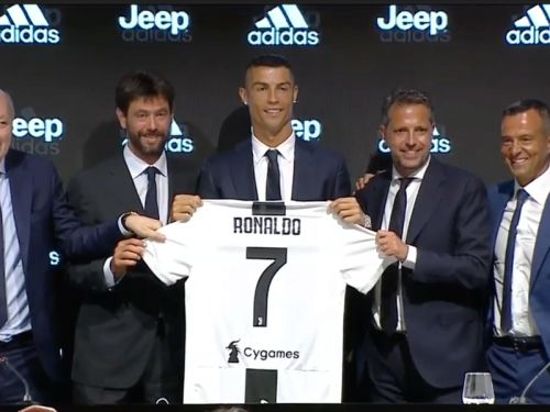 Video: Cristiano Ronaldo's full press conference unveiling as Juventus player