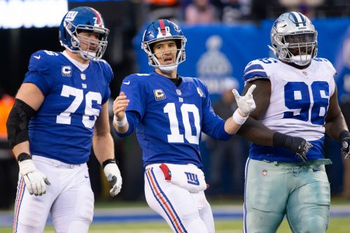Finding 'right guy' to be Eli Manning's understudy is Giants' priority