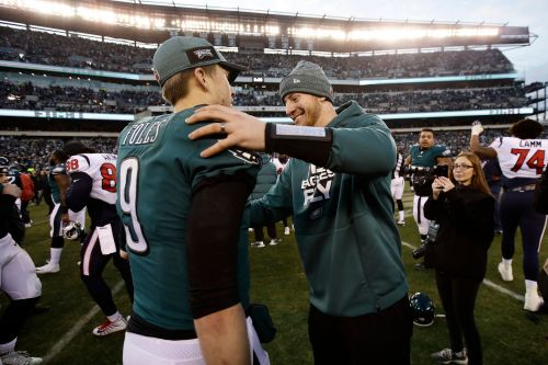 Wentz: 'Super frustrating' sitting out another Eagles' playoff run, but supports Foles