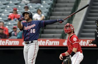 Twins tie franchise record with 8 homers, beat Twins 16-7