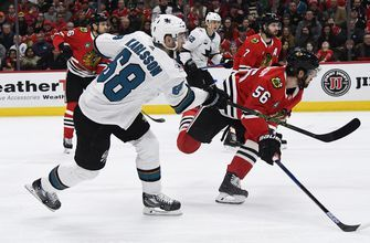 Sharks beat Blackhawks for 4th straight win; Crawford hurt