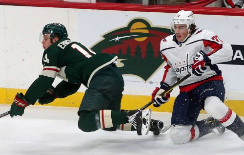 Wilson's return sparks Capitals in 5-2 win over Wild