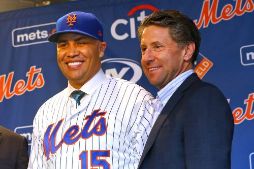 Jeff Wilpon ducks Carlos Beltran questions at Mike Piazza event
