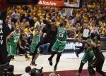 Kevin Love, LeBron James show off incredibly athletic outlet pass
