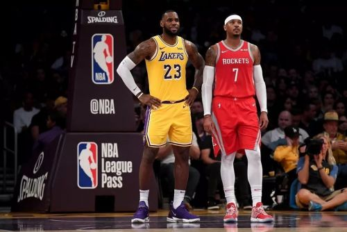 LeBron James dodges question about Carmelo Anthony joining Lakers