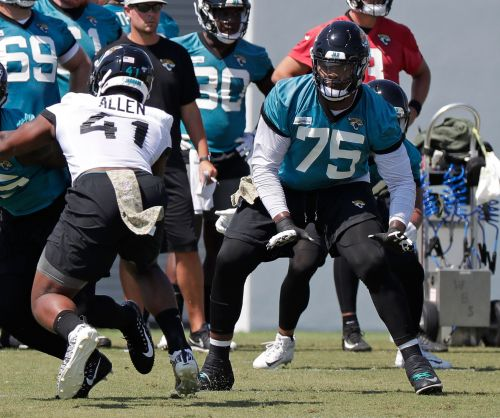 Jaguars rookie Josh Allen out with bruised knee, signs deal