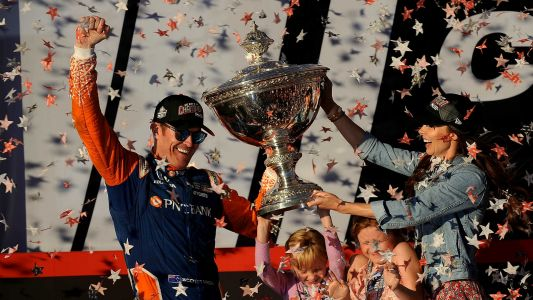 Scott Dixon wins fifth IndyCar title, second only to legendary A.J. Foyt