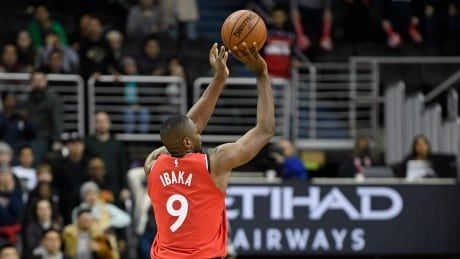 Ibaka's 3-pointer helps Raptors survive Wizards in double OT